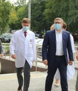 Губернатор Челябинской области Алексей Текслер и министр регионального минздрава Юрий Семенов